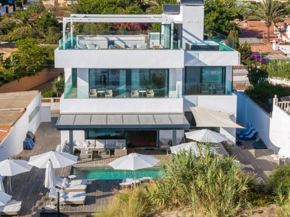 Front-Line Beach Villa