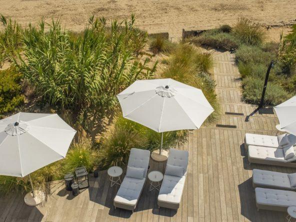 Beach-front Villa Marbella