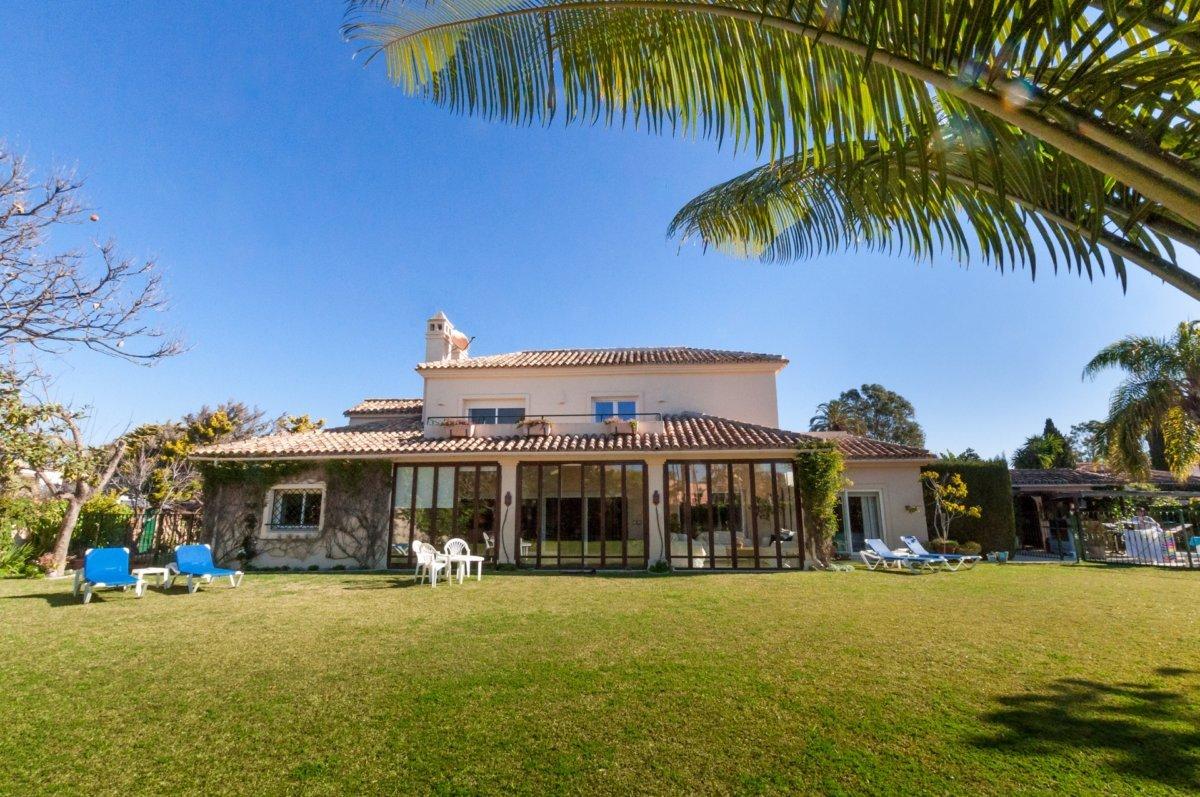 Casasola Villa Breathtaking Beaches