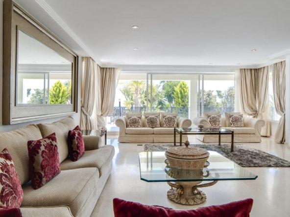 Versace Villa Elviria